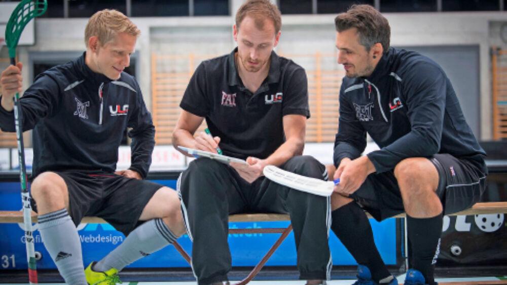 Teambesprechung Unihockey Kopie
